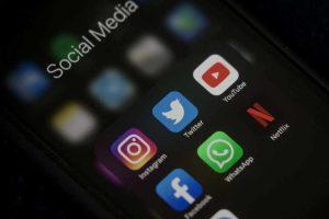 Establish your brand name through selling on social media in Dubai